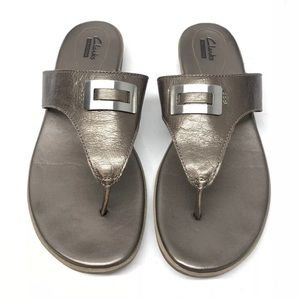 Clarks Collection Flip Flops Women's Size 9.5M